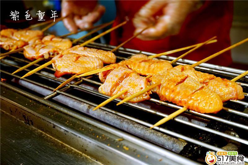 枪鱼、北极贝、西陵鱼籽等生鱼刺身和日料寿司.   比海鲜火锅很大程